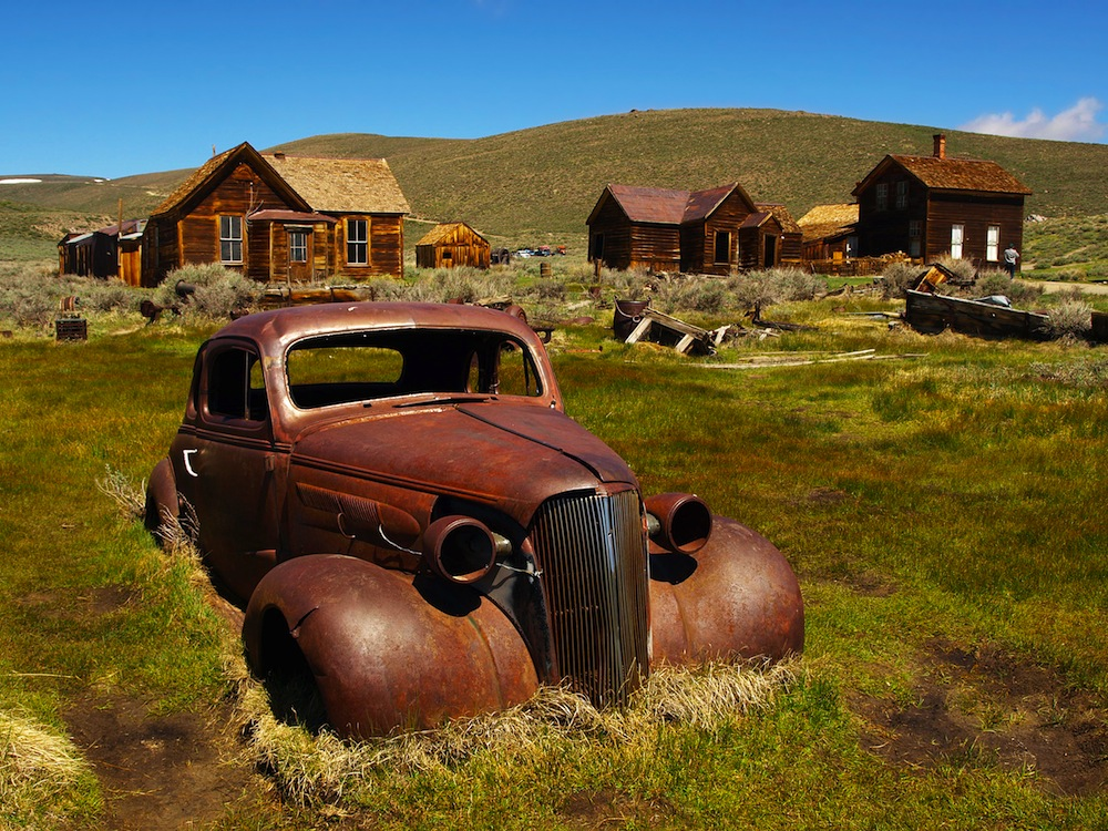 A-Rusting-Car-In-An-American-Ghost-Town